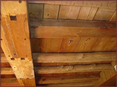 Wood Beams at Canna Country Inn